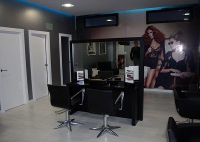 Salón de peluquería Laura.