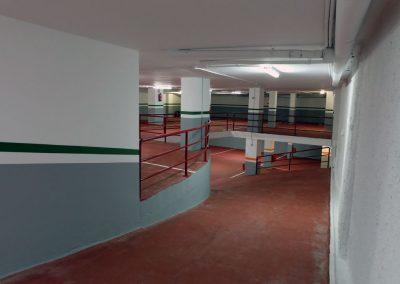 Pintado de paredes, techos y marcado de plazas.